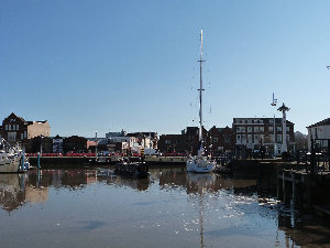 cain_narrowboats_7_sam050025.jpg