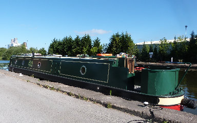 cain_narrowboats_7_sam052002.jpg