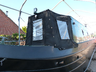 cain_narrowboats_7_sam052006.jpg